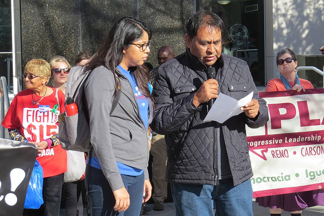 Activistas de Las Vegas y Reno viajaron a Carson City para pedir la aprobación del aumento al salario mínimo de $15 dólares por hora. Sexta semana de la Legislatura de Nevada en Carson City. |  ...