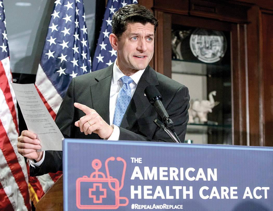 En esta foto de archivo del 8 de marzo de 2017, el presidente de la Cámara, Paul Ryan, de Wis., Habla durante una conferencia de prensa en la sede del Comité Nacional Republicano en Capitol Hill ...