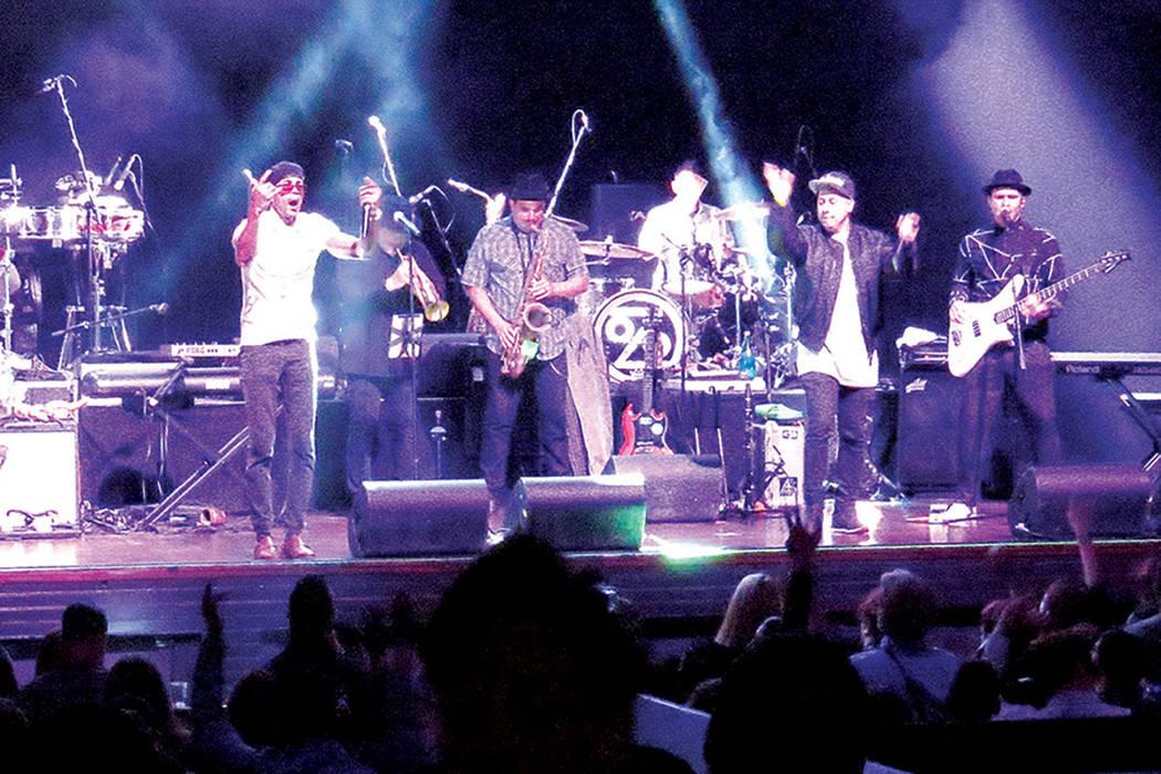 Cientos de personas disfrutaron de la música de Ozomatli y de los temas incluidos en su nuevo disco en su presentación, el jueves 30 de marzo en House of Blues. Foto El Tiempo