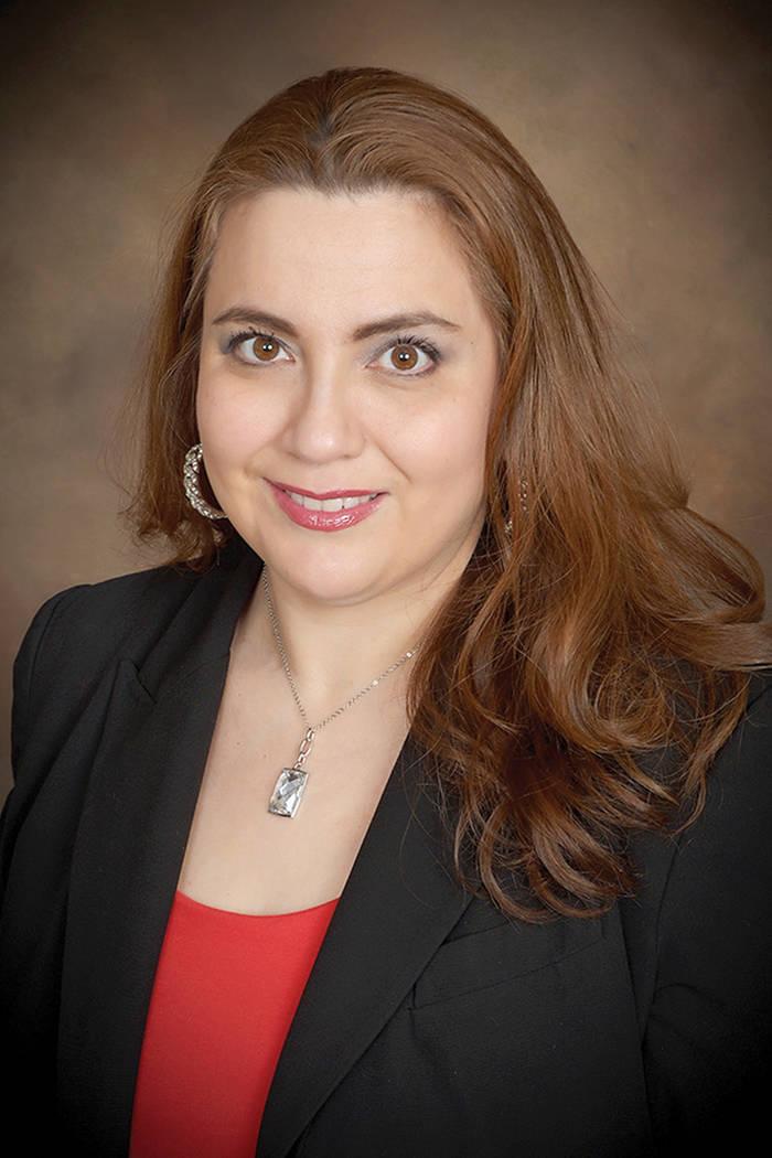 """""""La ley de inmigración es muycomplicada y aunque puede calificar en este caso, todavía necesita asegurarse de que no es inadmisible"""", Elizabeth Estrada, abogada de inmigración. Foto Cortesía"""