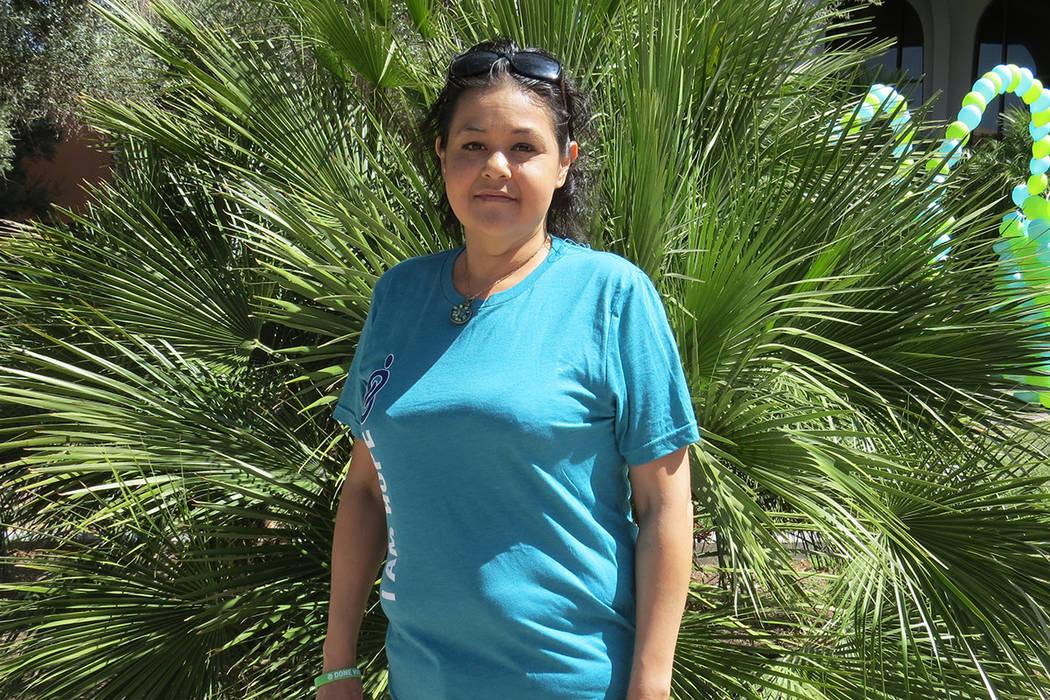 """""""Si la gente hispana no se registra no podemos tener esa gran esperanza que tienen otros orígenes étnicos"""": Arlett Valencia, recipiente y en lista de espera por un trasplante. Sábado 15 de  ..."""