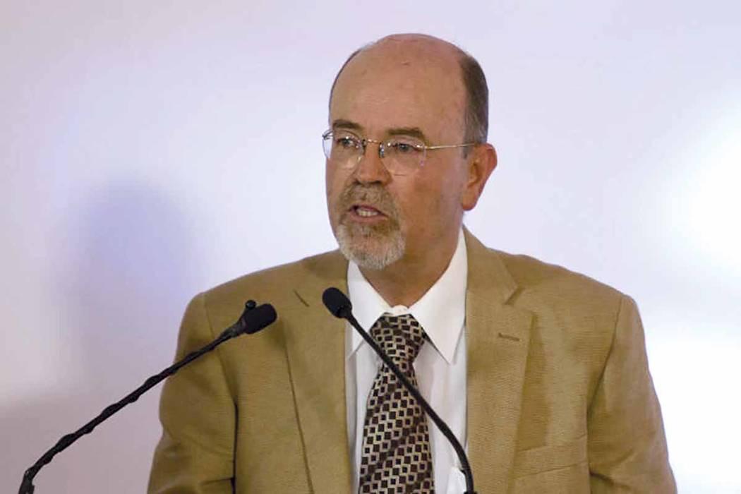 """En palabras del propio Backhoff, el """"INEE juega un papel muy importante en la vida futura de México y nos demanda trazar metas ambiciosas que estén a la altura de la misión que el país le ha ..."""