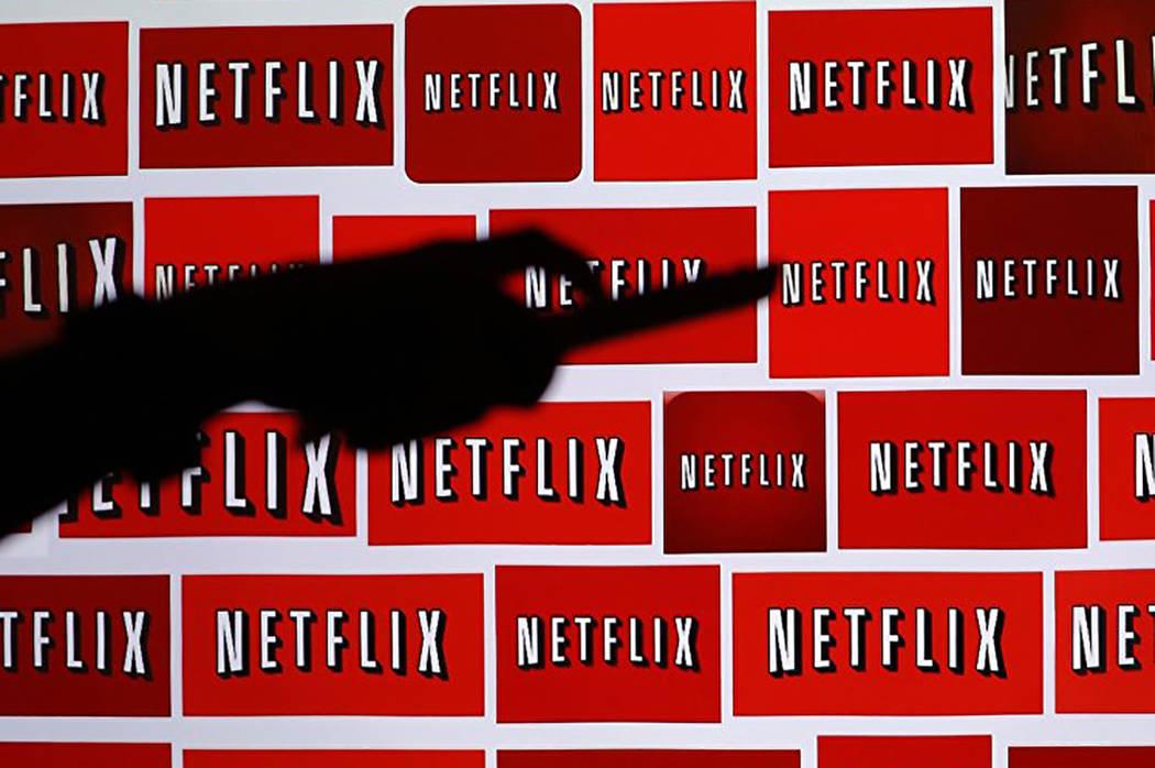 Este año, dos películas producidas por Netflix (Okja, de Bong Joon Ho y The Meyerovitz Stories, de Noah Baumbach) compiten por la Palma de Oro en la 70ª edición del festival, a pesar de no ten ...