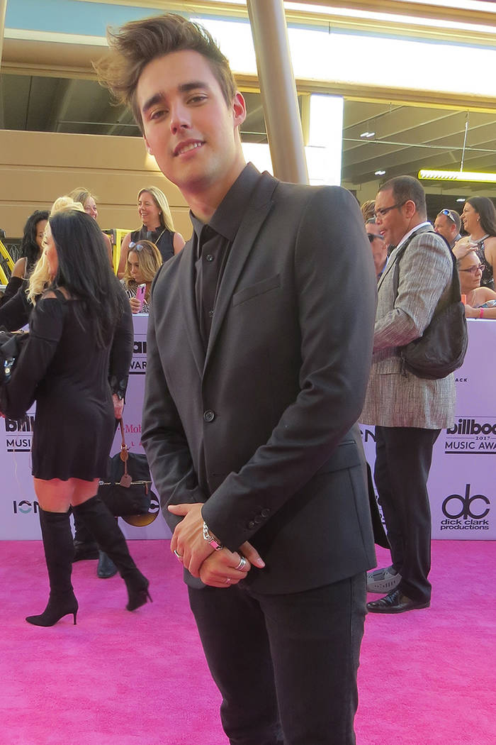 El cantante Jorge Blanco fue uno de los pocos talentos hispanos presentes en los premios Billboard. Domingo 21 de mayo en el T-Mobile Arena. | Foto El Tiempo/Anthony Avellaneda.