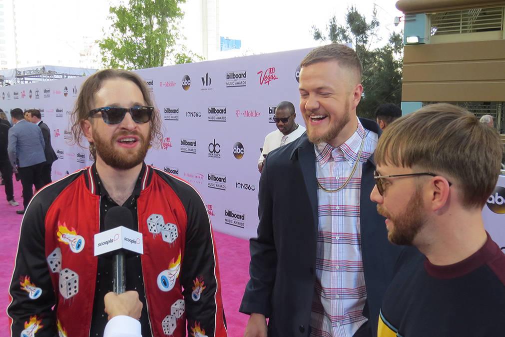 Los integrantes de Imagine Dragons se mostraron contentos por volver a tener participación en los premios Billboard. Domingo 21 de mayo en el T-Mobile Arena. | Foto El Tiempo/Anthony Avellaneda.