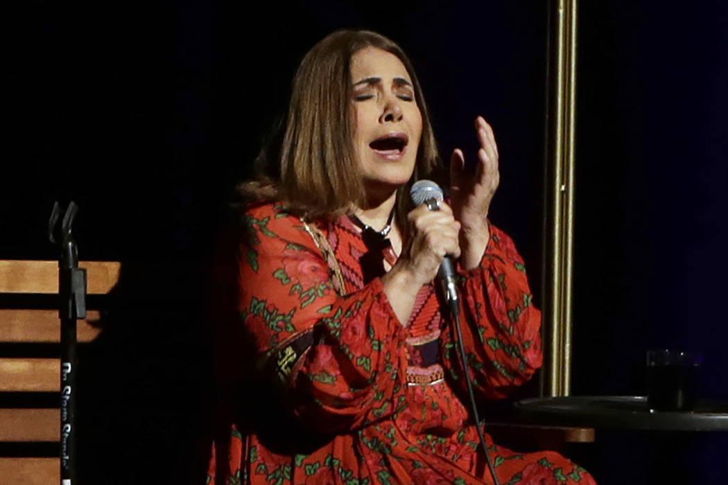 """La cantante peruana Tania Libertad realiza una entrevista para promover su concierto """"100 Violetas por la Esperanza"""" en la Ciudad de México, el jueves 27 de abril de 2017. Libertad dará un conci ..."""