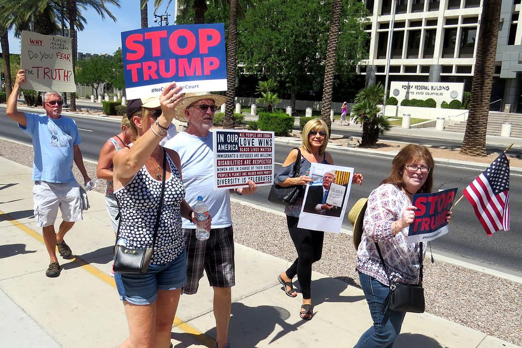 Con pancartas y gritos, decenas de nevadenses se manifestaron contra el gobierno federal, en una protesta que se realizó en distintas ciudades del país. Sábado 3 de junio en la Corte Federal de ...