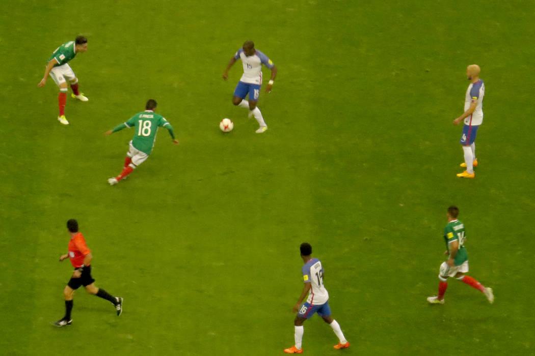 El partido fue muy disputado, ningún equipo estaba dispuesto a dejar escapar puntos. Domingo 11 de junio en Estadio Azteca de la Ciudad de México. | Anthony Avellaneda/ El Tiempo- Enviado Especial.