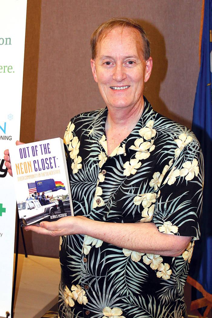 McBride investigó y presenció algunos de los hechos a favor de la comunidad gay narrados en su libro. 14 de junio en The Center. | Cristian De la Rosa/ El Tiempo.