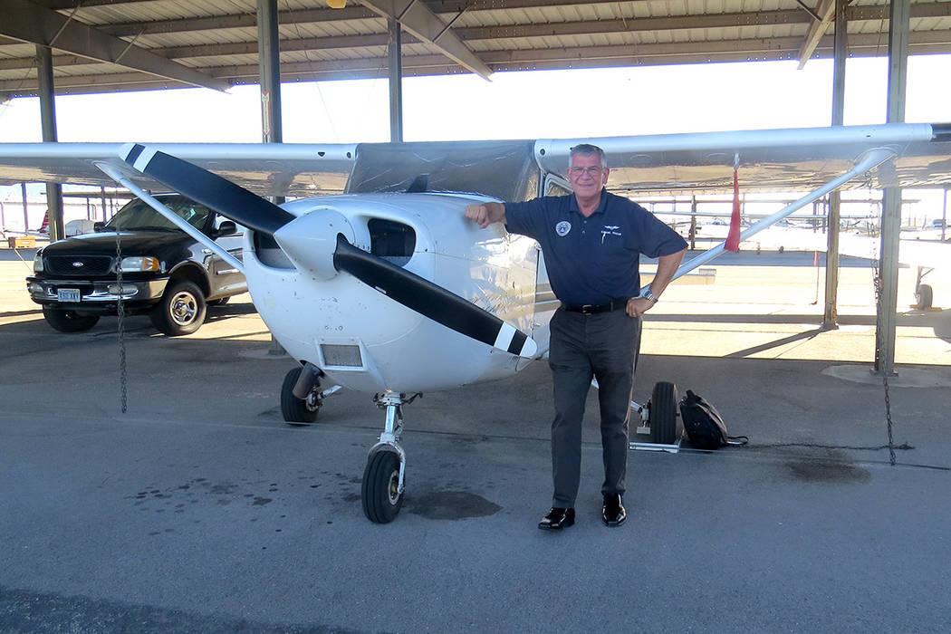 """""""Me fascina volar pero cuando estamos buscando a alguien mi objetivo es prestar atención en la seguridad de la tripulación y de todos"""": Mayor Ezekiel Martin. Sábado 17 de junio en el Aeropu ..."""