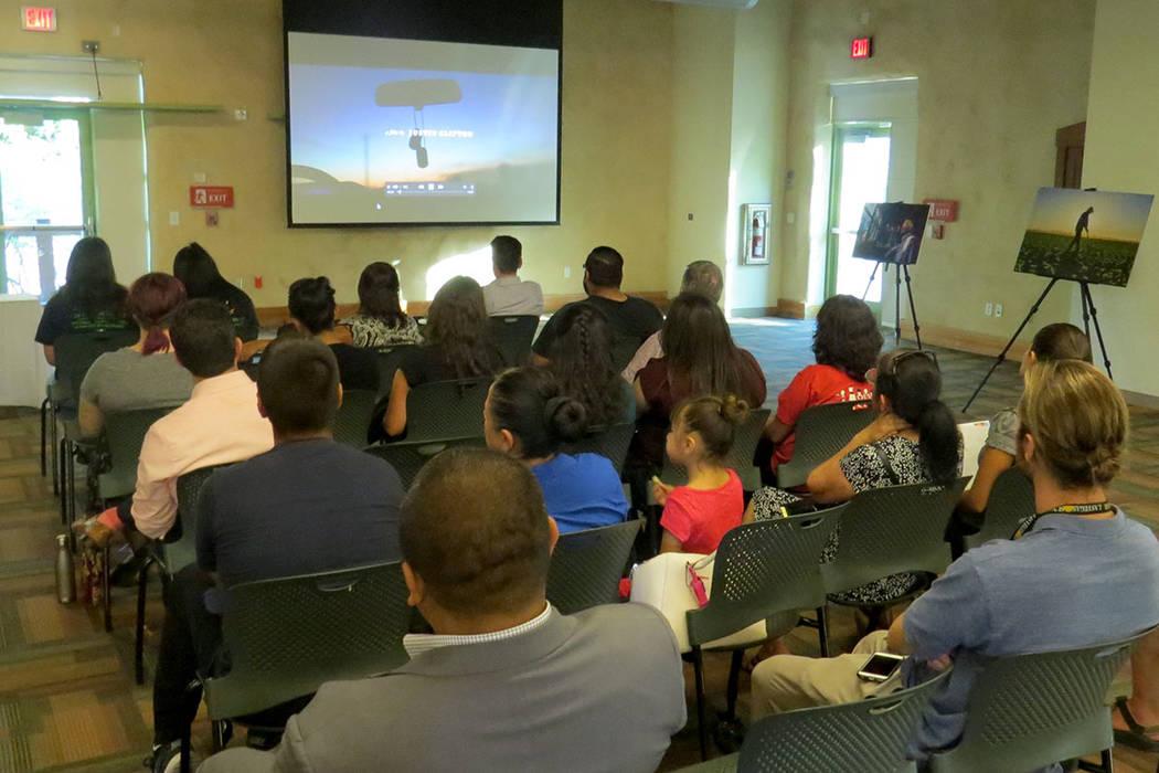 El documental 'Leche y Miel' muestra la conexión de campesinos hispanos con el río Colorado, el cual les crea su fuente de empleo. Miércoles 28 de junio en Springs Preserve. | Foto Anthony  ...