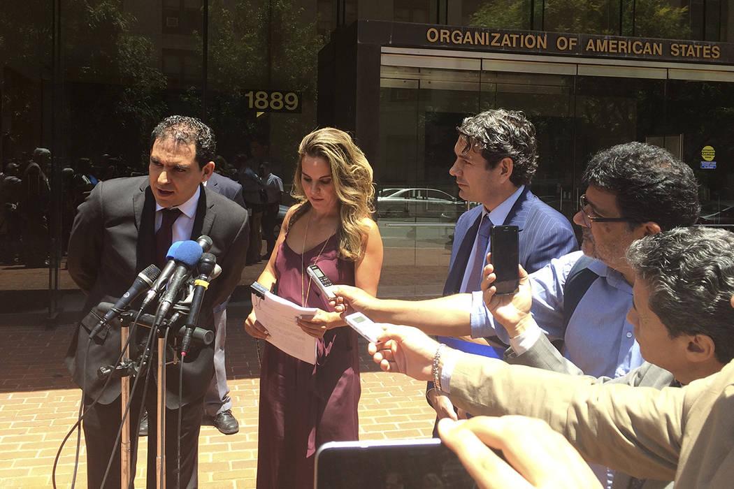 La actriz mexicana Kate del Castillo escucha en la sede de la Organización de Estados Americanos en Washington el jueves 29 de junio de 2017, según habla el abogado Alejandro Rojas Pruneda. Fede ...