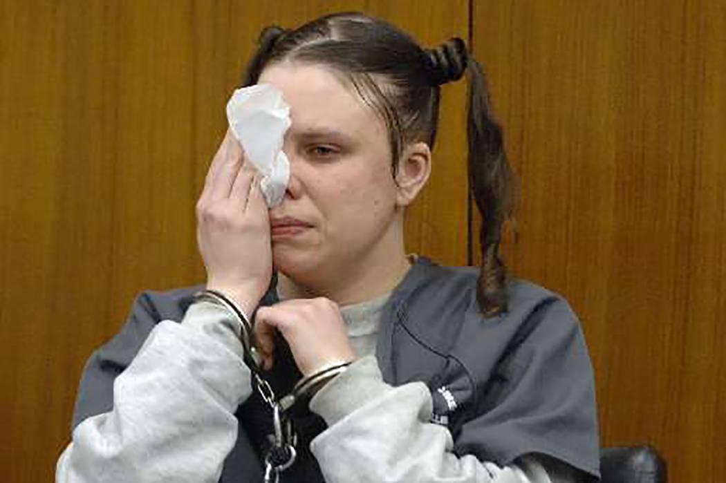 Entre quienes van a recibir una audiencia está Tiffany Ann Cole, convicta por su papel en el asesinato de una pareja de Jacksonville que fue enterrada viva en 2005.