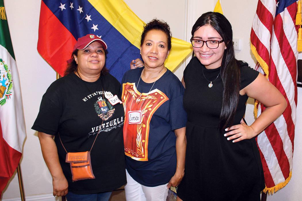 El Club de Venezolanos recibieron instrucciones de VENEX en Caracas para la organización. | Foto Cristian De la Rosa / El Tiempo.