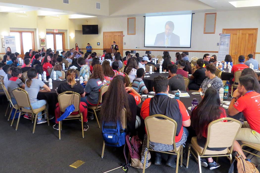 90 estudiantes hispanos participaron en la edición 2017 de la Conferencia de Liderazgo Juvenil Latino. Martes 11 de julio en UNLV.   Foto Anthony Avellaneda/ El Tiempo.