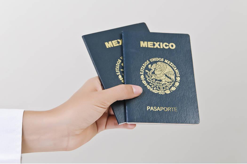 El objetivo es atender a los connacionales que requieran realizar trámites de documentación como lo son pasaportes, matriculas consulares, actas de nacimiento, entre otros.