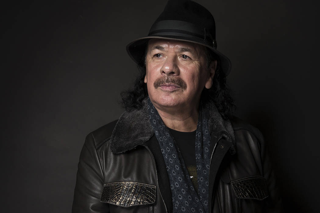 Carlos Santana. | Foto AP/Taylor Jewell/Invision.