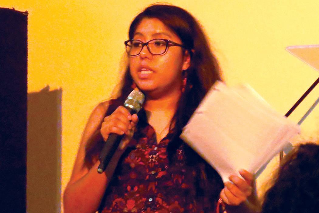 """""""Los políticos no están hablando específicamente de los impactos y las cosas que pueden suceder cuando ellos quiten ese dinero"""": Erika Castro, organizadora de PLAN. Miércoles 19 de julio e ..."""