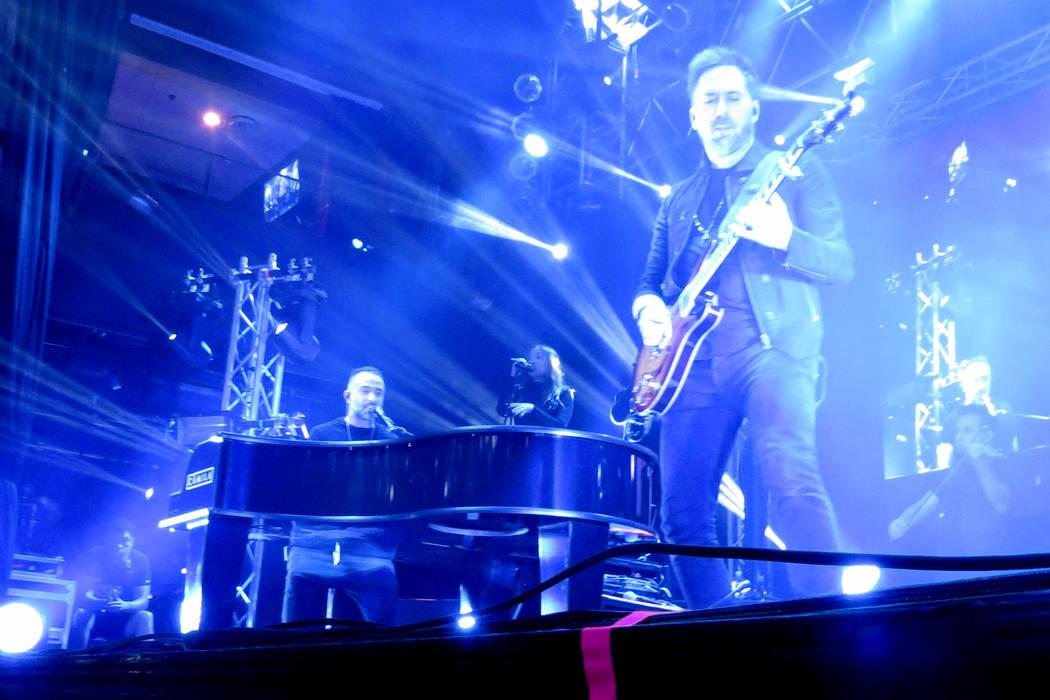 'Mientes', 'Aléjate de mí' y 'Todo cambió' fueron algunas de las canciones más esperadas. Domingo 30 de julio en House of Blues. | Foto Anthony Avellaneda/ El Tiempo.