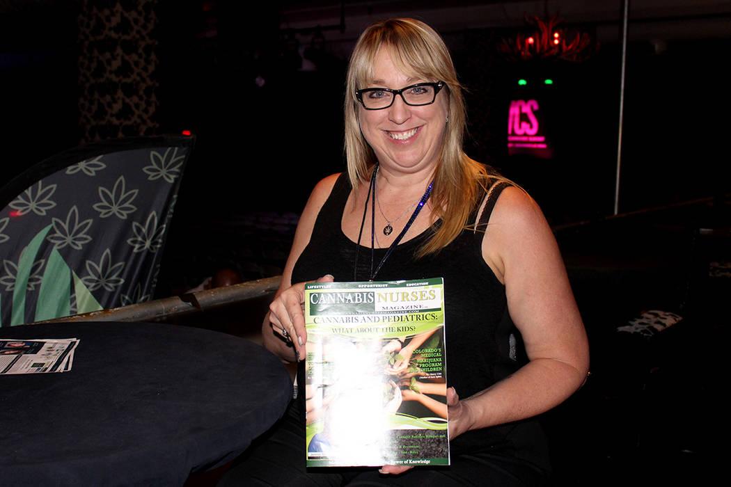 La enfermera Julie Monteiro, promueve el consumo de cannabis medicinal desde el 2010, por lo cual hizo parte del evento informativo en Freemont Country Club, el viernes 28 de julio, en Las Vegas.  ...