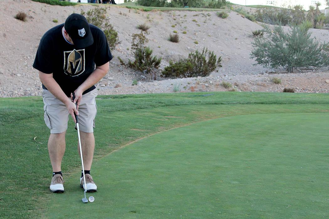 Los asistentes al torneo, mostraron su apoyo a la comunidad y al nuevo equipo de Las Vegas. Viernes 18 de agosto en el campo de golf Angel Park. Viernes 18 de agosto en el campo de golf Angel Park.