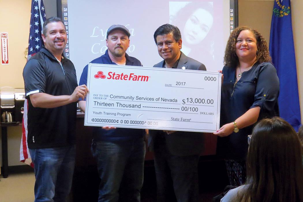 La empresa State Farm entregó un donativo a Servicios Comunitarios de Nevada. Jueves 17 de agosto en CSNV. | Foto Anthony Avellaneda/ El Tiempo.