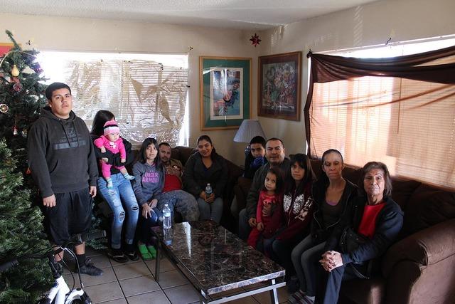 La familia Barragán fue una de las beneficiadas por la empresa Walker Furniture, que le regaló todos los muebles de su hogar. (Foto El Tiempo
