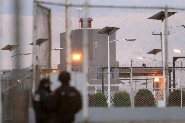 """Esta gráfica de archivo muestra un aspecto de la cárcel federal del Altiplano en  Almoloya de Juarez, valle de México, de donde Joaquin """"El Chapo"""" Guzman escapó mediante un túnel, en Julio 12 ..."""