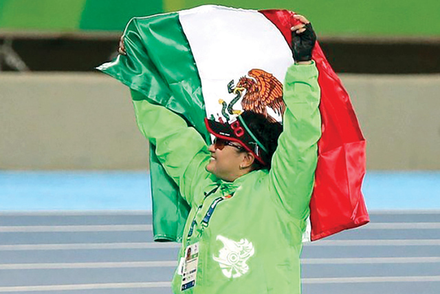 La también campeona mundial de Qatar 2015, Ángeles Ortiz retuvo el título con una marca de 10.94 metros en el lanzamiento de bala categoría F57. | Cortesía