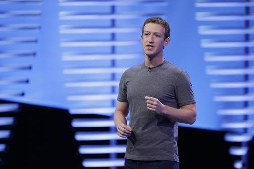Mark Zuckerberg, presidente de Facebook aparece en esta foto de abril del 2016, durante una conferencia en San Francisco, California. Zuckerberg es uno de varios grandes líderes empresariales del ...