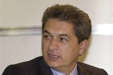 Tomás Yarrington, exgobernador de Tamaulipas, aparece en esta foto de archivo de agosto del 2003. El gobierno de México anunció el martes 22 de noviembre del 2016 que ofrece una millonaria reco ...