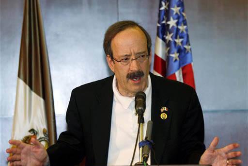 El congresista demócrata por Nueva York, Eliot Engel (en foto de archivo), se unió a 24 congresistas más que piden detener la confrontación con México, en una carta dirigida al presidente Tru ...