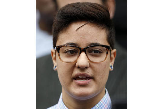 Daniela Vargas, dreamer argentina de 22 años beneficiada con DACA, fue detenida por agentes de ICE luego que participó en una conferencia de prensa que denunciaba redadas de migración. El suces ...