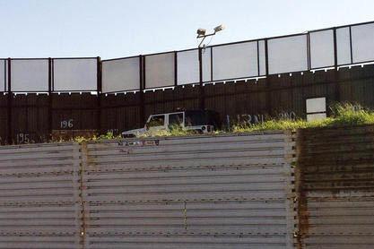 Una vista del muro fronterizo entre Estados Unidos y México, en el lado de Tijuana, Mexico desde San Diego. (Foto Archivo/AP Photo/Julie Watson).