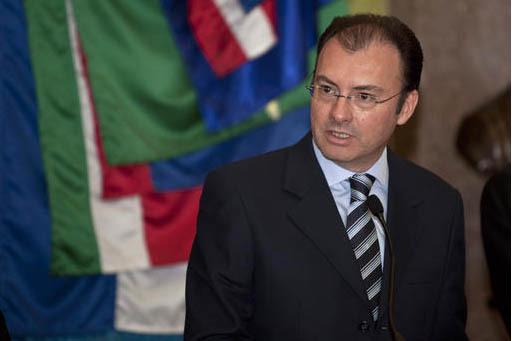 Luis Videgaray aparece en esta foto de archivo del 14 de diciembre del 2012, en su cargo como secretario de Hacienda en ese entonces. Videgaray es ahora en enero del 2017 el nuevo secretario de Re ...