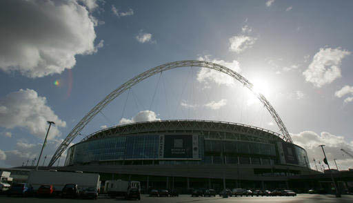 El estadio Wembley en foto de archivo de Marzo 9 del 2007. Las autoridades de Inglaterra empezaron en noviembre del 2016 una investigación de abuso sexual en clubes de fútbol soccer, y el 18 de  ...