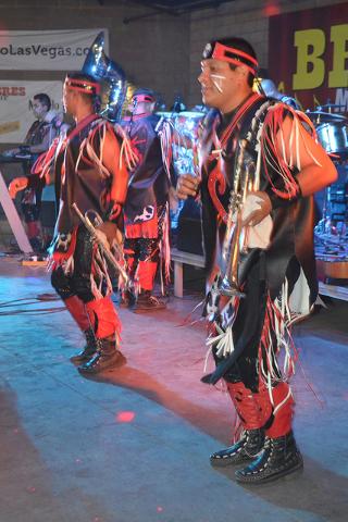 Banda Cuisillos, sin duda un estilo diferente de vestuario y su característica danza prehispánica. Foto El Tiempo