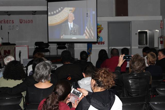 Alrededor de 100 personas se reunieron en la Unión Culinaria Local 226, para ver el discurso de despedida de Barack Obama, el martes 10 de enero de 2017. Asimismo algunos expresaron lo que espera ...