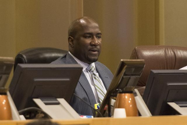 El concejal Ricki Barlow, durante una sesión del Concilio de la Ciudad de Las Vegas, el 3 de agosto del 2016. (Foto Jason Ogulnik/Las Vegas Review-Journal).
