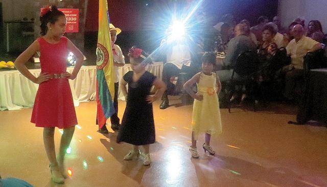 Los colombianos del sur de Nevada celebraron la independencia de su país en un ambiente alegre y 100 por ciento familiar. Sábado 16 de julio en el restaurante Aroma. Foto: El Tiempo.