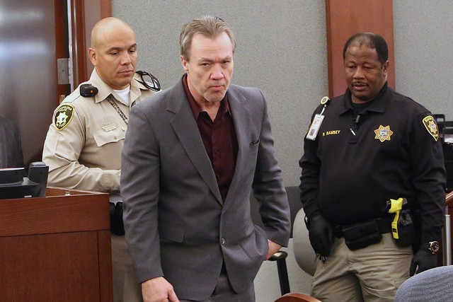 Will Sitton entra a la corte del Centro de Justicia Regional, el 31 de octubre del 2016, donde un jurado lo encontró culpable del asesinato de Brian Haskell, de 68 años, y fue sentenciado a la p ...