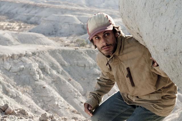 """""""Desierto"""", protagonizado por Gael Garcia Bernal, aborda la problemática que sufren algunos inmigrantes que quieren llegar a Estados Unidos.   Agencia"""