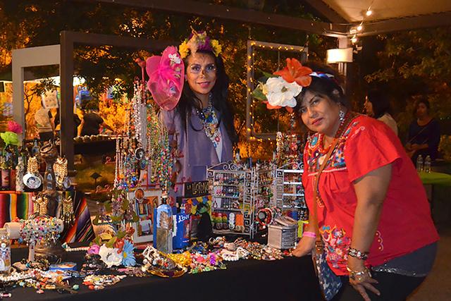 La bisutería y joyería artesanal mexicana tuvo su espacio dentro del lugar. Foto El Tiempo