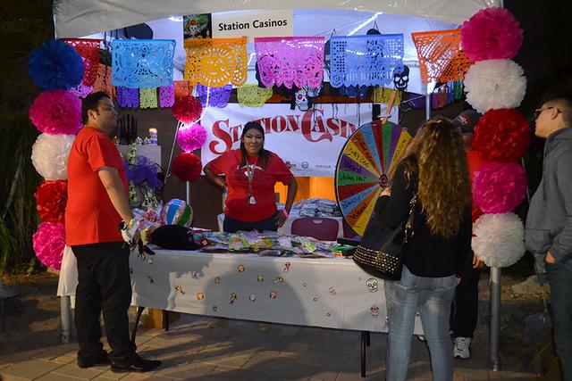 Station Casinos se hicieron presentes en la celebración del día de muertos. Foto El Tiempo