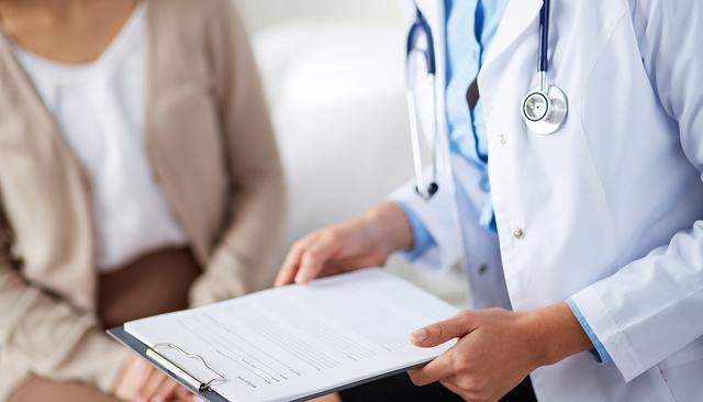 Servicios médicos para la comunidad indocumentada