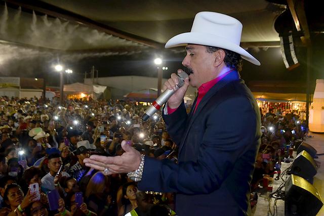 """El Chapo hizo del sábado """"La Noche Perfecta"""", una complicidad entre su público y el. Foto El Tiempo"""