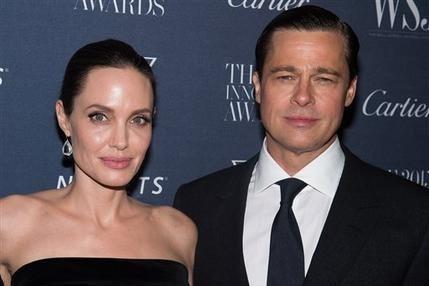 Angelina Jolie y Brad Pitt en noviembre del 2015 durante la entrega de premios WSJ Magazine Innovator 2015 en el Museo de Arte Moderno en Nueva York. (Fotografía by Charles Sykes/Invision/AP, Arc ...