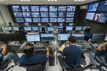 Los Centros de Atención de llamadas de emergencia en Mexico estarán coordinados con estaciones de policía estatales, municipales, agrupaciones de seguridad, de salud, de protección civil y de  ...