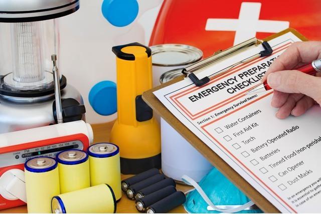 Es mejor estar preparado para posibles emergencias. Los desastres, naturales o provocados por el ser humano, son imprevistos. (Foto Agencias).