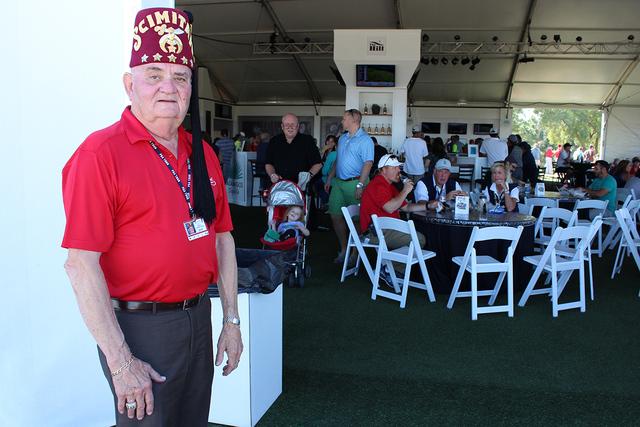 El director del torneo, Gary Dunwoody, dijo que este evento se lleva realizado por cuatro años en Las Vegas con la intención de dar a conocer a los Hospitales Shriners, el sábado 5 de noviembre ...